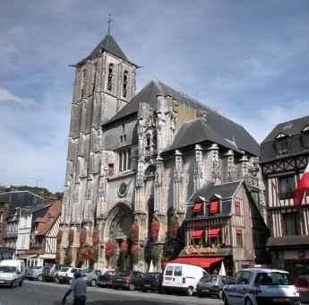 église St-Ouen © OT Pont-Audemer