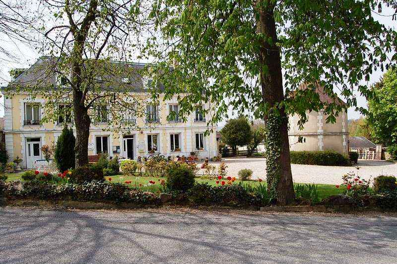 Caravaning du Château de Bouafles