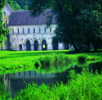 Abbaye de Fontaine-Guérard © Eure Tourisme, JF Lefèvre