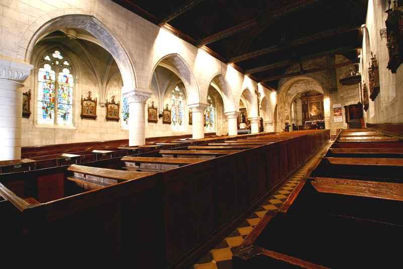 Eglise Ste Croix exterieur © Ot Cormeilles