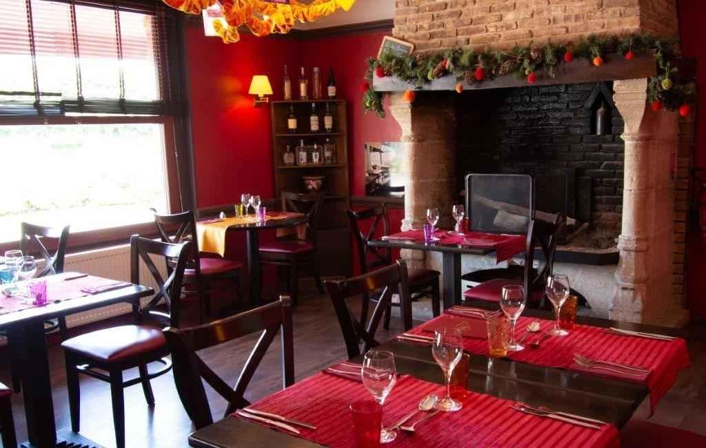 Salle du restaurant La Corne d'Abondance, Bourgtheroulde © JC. Delisle