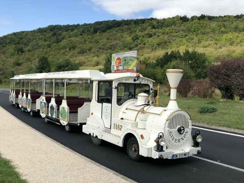 Le petit train Givernon